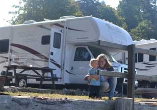 BC Canada motorhome rental vacation campsite picnic table photo